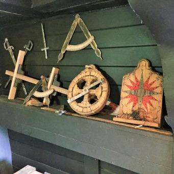 Ses instruments de navigation